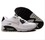 Nike Air Max 90 shoes are classic