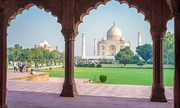 Enjoy holiday with most popular travel package to India